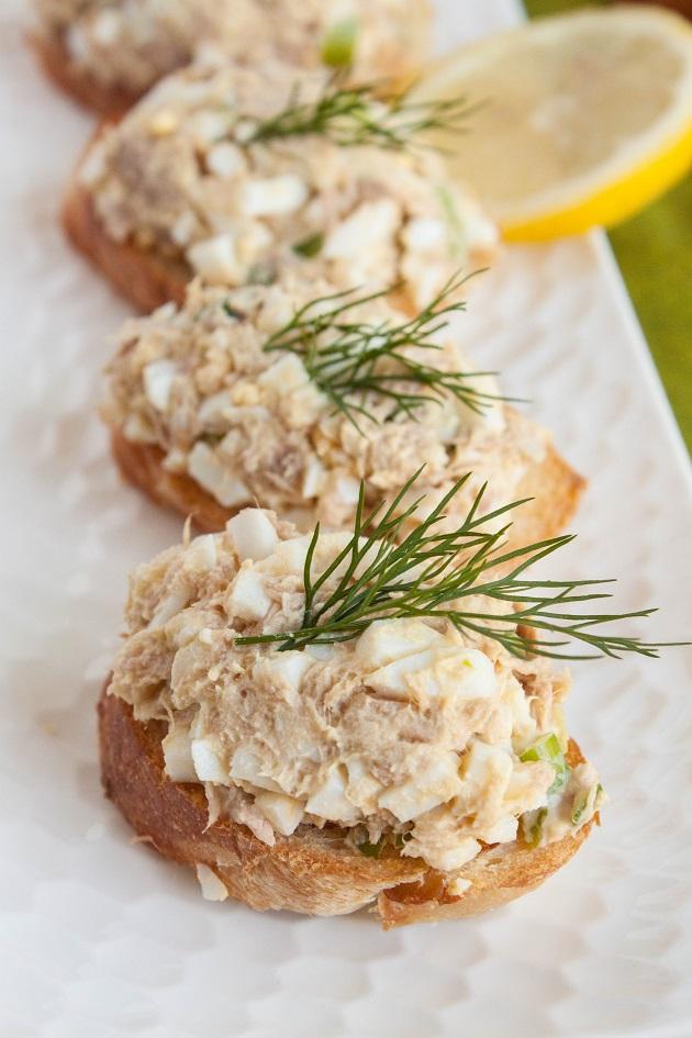 Delicious  and easy Tuna Salad Recipe