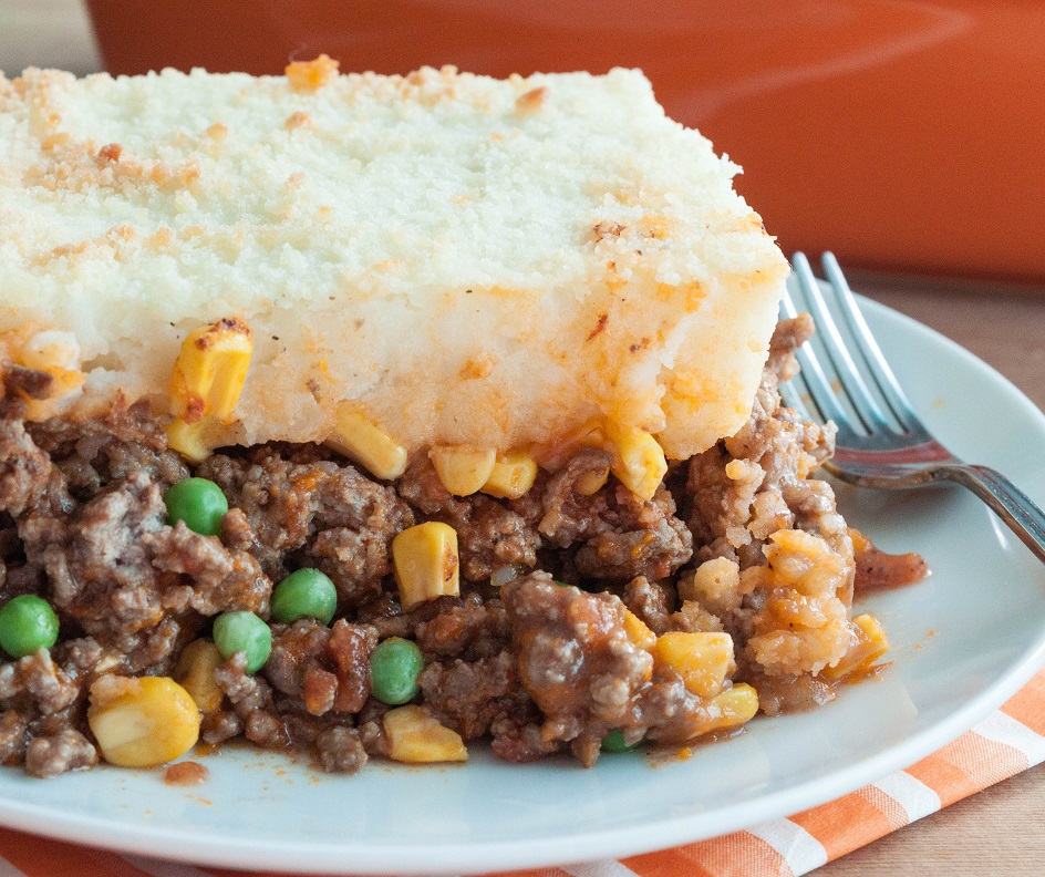 Simple and Delicious Shepherd's Pie recipe - comforting one-pot meal.