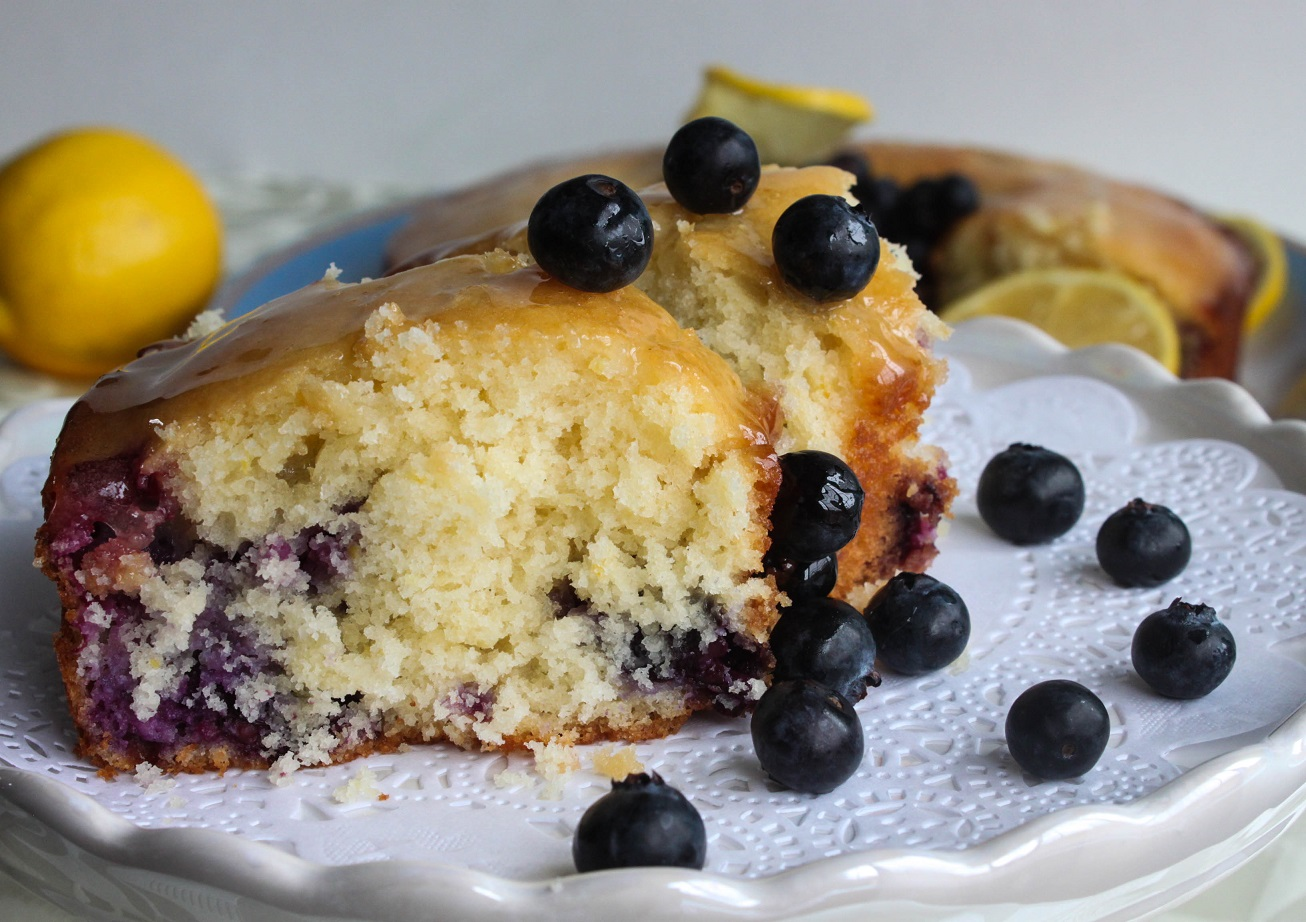 Flavorful and Colorful Lemon Blueberry cake - light, moist and delicious!