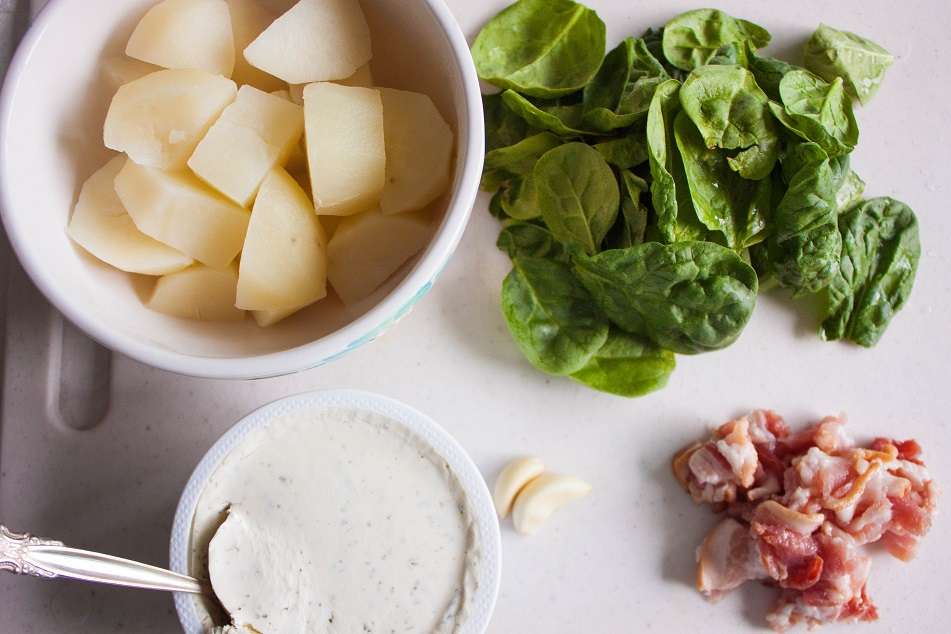 Mashed potatoes with bacon and spinach
